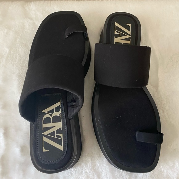Black ZARA platform sandals, size 38
